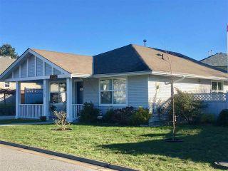 Photo 1: 5632 CASCADE Crescent in Sechelt: Sechelt District House for sale (Sunshine Coast)  : MLS®# R2476734