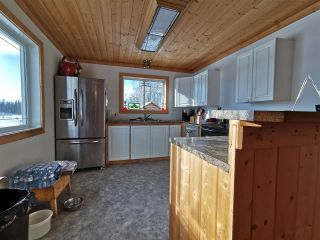 """Photo 4: 16458 SIPHON CREEK Road in Fort St. John: Fort St. John - Rural E 100th House for sale in """"CECIL LAKE"""" (Fort St. John (Zone 60))  : MLS®# R2444353"""