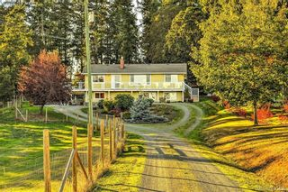 Photo 1: 4520 Markham St in VICTORIA: SW Beaver Lake House for sale (Saanich West)  : MLS®# 798977