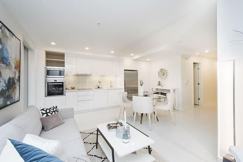 FEATURED LISTING: 102 - 2239 7TH Avenue West Vancouver