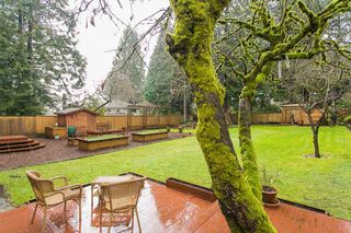 Photo 19: 1561 MERLYNN Crescent in North Vancouver: Westlynn House for sale : MLS®# R2143855