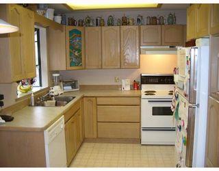 Photo 2: 22996 124B Avenue in Maple_Ridge: East Central House for sale (Maple Ridge)  : MLS®# V689234