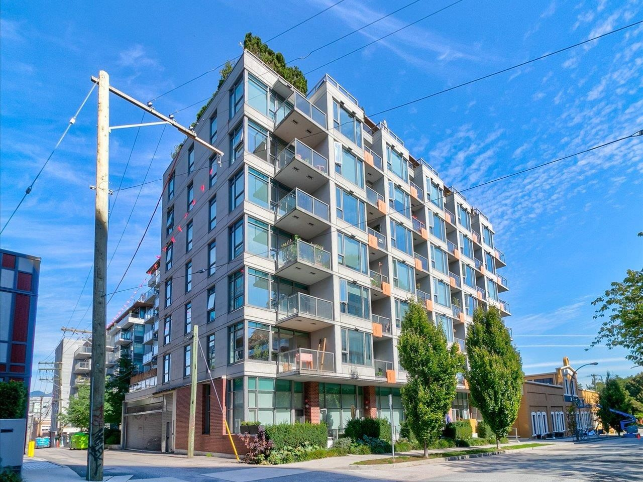 """Main Photo: 801 251 E 7TH Avenue in Vancouver: Mount Pleasant VE Condo for sale in """"District"""" (Vancouver East)  : MLS®# R2621042"""