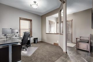 Photo 4: 72 EVEROAK Circle SW in Calgary: Evergreen Detached for sale : MLS®# C4209247
