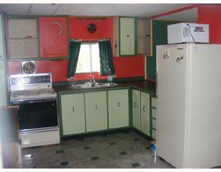 Photo 2: 11 5294 SELMA PARK Road in Sechelt: Sechelt District Manufactured Home for sale (Sunshine Coast)  : MLS®# V715206