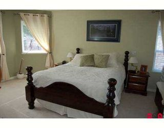 """Photo 5: 6828 181ST Street in Surrey: Cloverdale BC House for sale in """"Cloverwoods"""" (Cloverdale)  : MLS®# F2711956"""