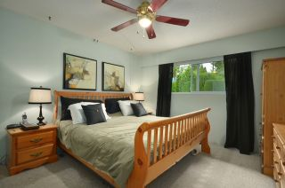 Photo 7: 828 BAKER Drive in Coquitlam: Chineside House for sale : MLS®# V909056
