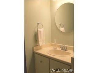 Photo 9: 35 610 McKenzie Ave in VICTORIA: SW Glanford Row/Townhouse for sale (Saanich West)  : MLS®# 531206