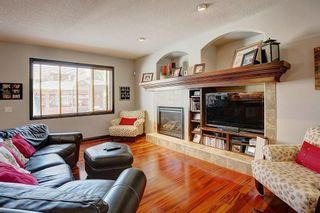 Photo 3: 40 AUTUMN Close SE in Calgary: Auburn Bay Detached for sale : MLS®# C4264321