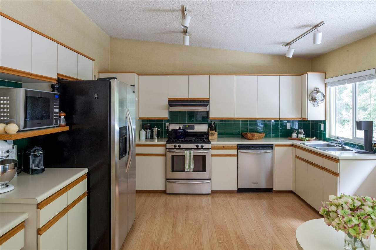 Photo 10: Photos: 3677 REGENT Avenue in North Vancouver: Upper Lonsdale House for sale : MLS®# R2072128