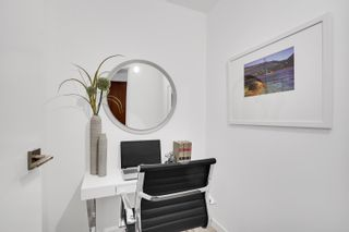 """Photo 15: 908 588 BROUGHTON Street in Vancouver: Coal Harbour Condo for sale in """"HARBOURSIDE TOWER 1"""" (Vancouver West)  : MLS®# R2610218"""
