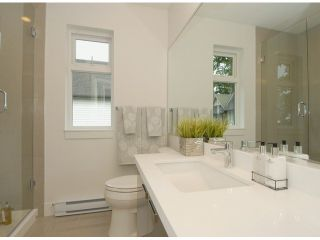 """Photo 9: # 1 1466 EVERALL ST: White Rock Townhouse for sale in """"THE FIVE"""" (South Surrey White Rock)  : MLS®# F1313640"""