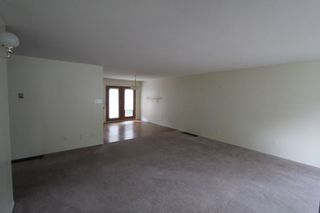 Photo 3: 2820 Caen Road in Sorrento: House for sale : MLS®# 10088757