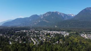 """Photo 28: 2361 FRIEDEL Crescent in Squamish: Garibaldi Highlands House for sale in """"Garibaldi Highlands"""" : MLS®# R2495419"""