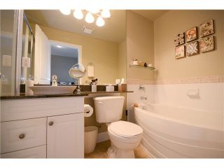 """Photo 14: 417 4280 MONCTON Street in Richmond: Steveston South Condo for sale in """"THE VILLAGE- IMPERIAL LANDING"""" : MLS®# V1116569"""