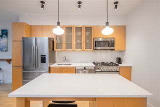 """Photo 7: 401 1072 HAMILTON Street in Vancouver: Yaletown Condo for sale in """"The Crandrall"""" (Vancouver West)  : MLS®# R2598464"""