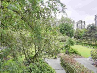 """Photo 2: 304 1740 COMOX Street in Vancouver: West End VW Condo for sale in """"The Sandpiper"""" (Vancouver West)  : MLS®# R2178648"""