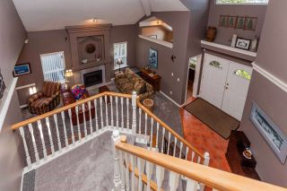 Photo 2: 20613 125 Avenue in Maple Ridge: Northwest Maple Ridge House for sale : MLS®# R2410985