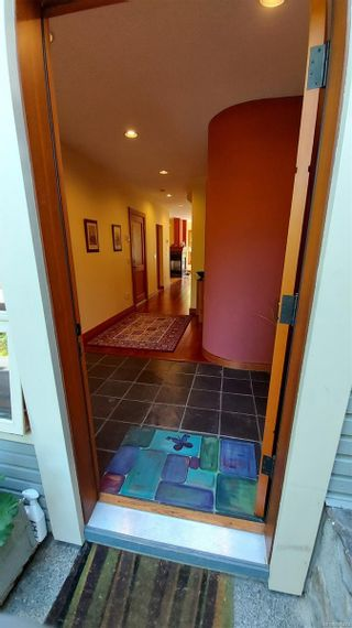 Photo 2: 2 133 Corbett Rd in : GI Salt Spring Row/Townhouse for sale (Gulf Islands)  : MLS®# 885474