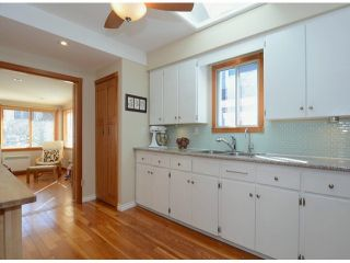 """Photo 8: 38 W 20TH Avenue in Vancouver: Cambie House for sale in """"CAMBIE VILLAGE"""" (Vancouver West)  : MLS®# V1053953"""