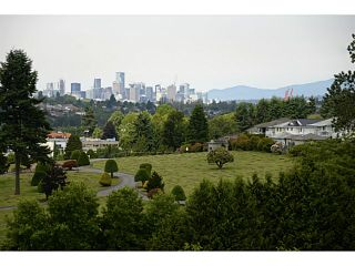 """Photo 1: 1008 4425 HALIFAX Street in Burnaby: Brentwood Park Condo for sale in """"POLARIS"""" (Burnaby North)  : MLS®# V1070564"""