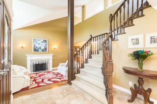 "Photo 2: 12415 204 Street in Maple Ridge: Northwest Maple Ridge House for sale in ""ALVERA PARK"" : MLS®# R2075125"