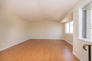 Photo 5: 521 WILLOW Court in Edmonton: Zone 20 Townhouse for sale : MLS®# E4245583
