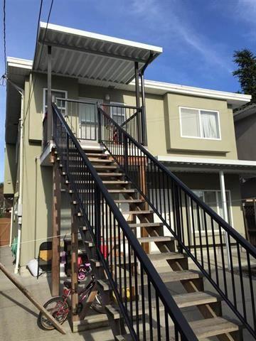 Photo 2: Photos: 2686 WAVERLEY AV in VANCOUVER: Killarney VE House for sale (Vancouver East)  : MLS®# R2016765