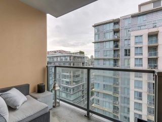 """Photo 10: 1001 288 W 1ST Avenue in Vancouver: False Creek Condo for sale in """"The James Building"""" (Vancouver West)  : MLS®# R2331453"""