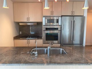 """Main Photo: 905 1211 MELVILLE Street in Vancouver: Coal Harbour Condo for sale in """"THE RITZ"""" (Vancouver West)  : MLS®# R2587389"""
