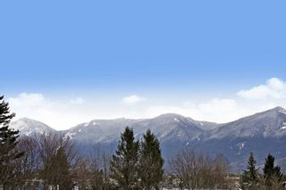 """Photo 20: 9 8466 MIDTOWN Way in Chilliwack: Chilliwack W Young-Well Townhouse for sale in """"Midtown 2"""" : MLS®# R2604122"""