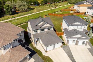 Photo 4: 36 Kelly Place in Winnipeg: House for sale : MLS®# 202116253