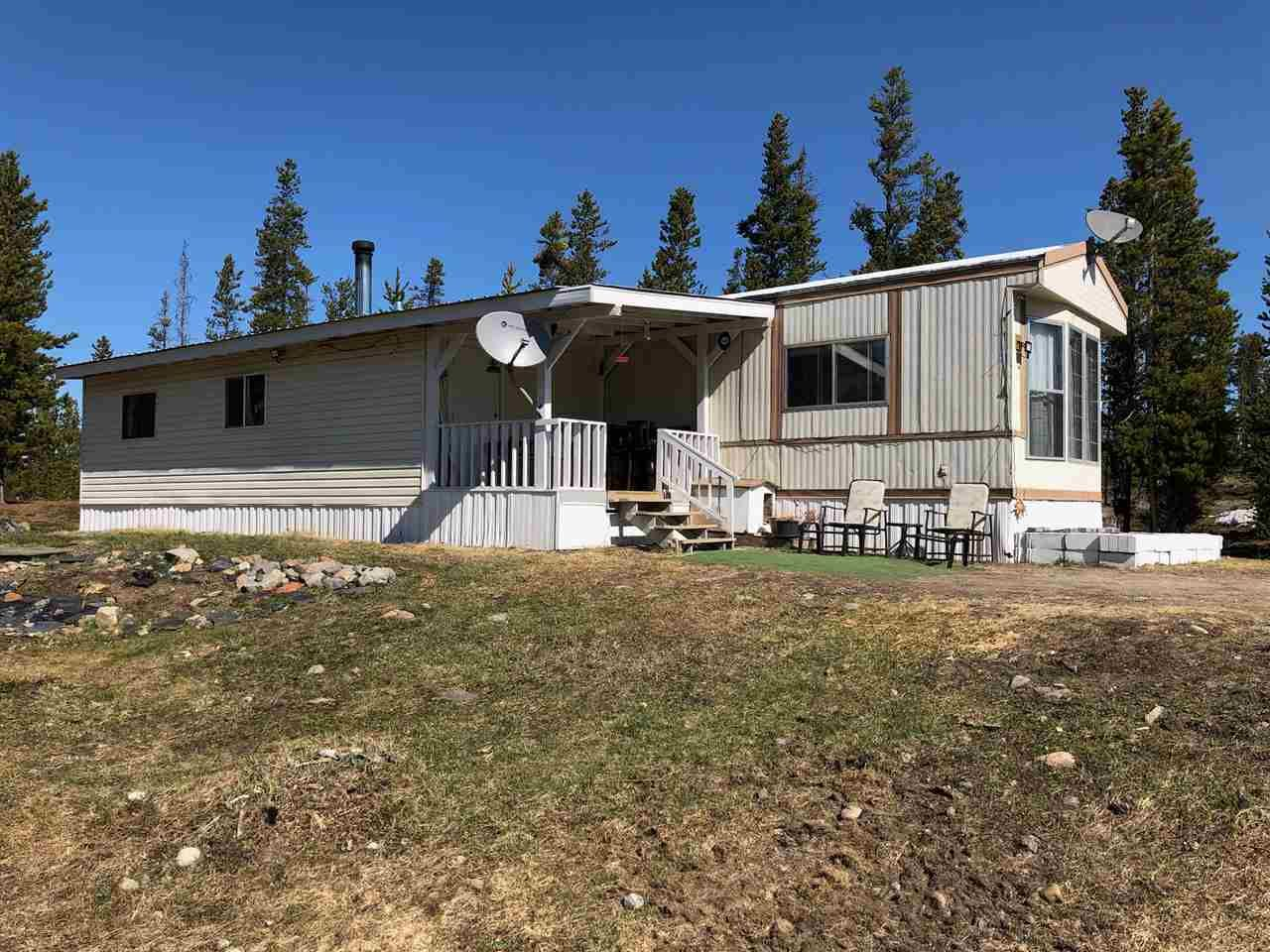 Main Photo: 2115 DORSEY Road in Williams Lake: Williams Lake - Rural West Manufactured Home for sale (Williams Lake (Zone 27))  : MLS®# R2571214
