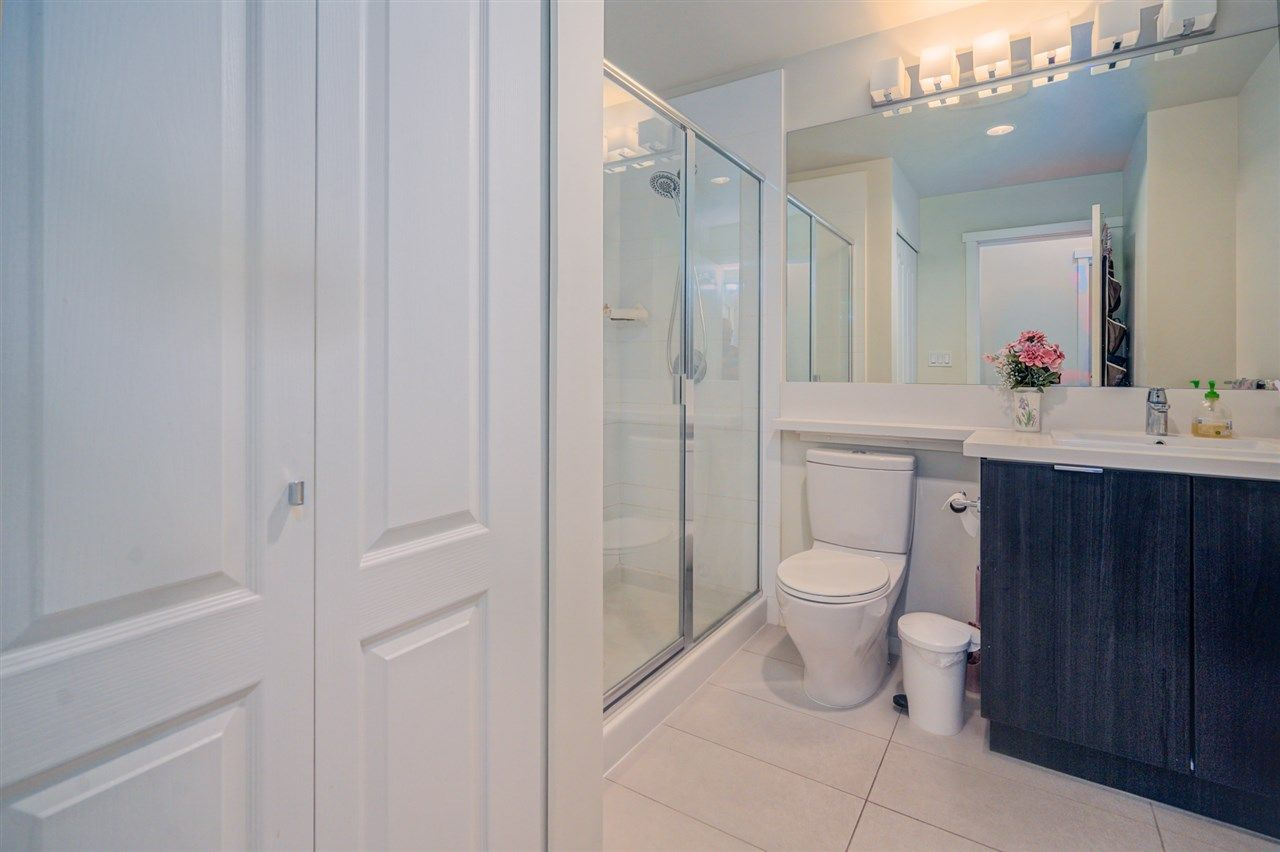 """Photo 22: Photos: 216 3107 WINDSOR Gate in Coquitlam: New Horizons Condo for sale in """"BRADLEY HOUSE"""" : MLS®# R2481599"""