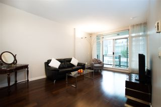 "Photo 11: 305 1252 HORNBY Street in Vancouver: Downtown VW Condo for sale in ""PURE"" (Vancouver West)  : MLS®# R2498958"