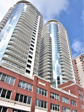 Photo 1: 2505 10152 104 Street in Edmonton: Zone 12 Condo for sale : MLS®# E4218892