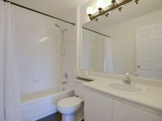 """Photo 13: 307 3638 W BROADWAY Street in Vancouver: Kitsilano Condo for sale in """"CORAL COURT"""" (Vancouver West)  : MLS®# R2354211"""
