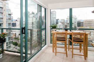 """Photo 6: 3102 939 HOMER Street in Vancouver: Yaletown Condo for sale in """"THE PINNACLE"""" (Vancouver West)  : MLS®# R2592462"""