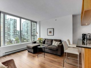 """Photo 3: 1001 1010 RICHARDS Street in Vancouver: Yaletown Condo for sale in """"THE GALLERY"""" (Vancouver West)  : MLS®# R2584548"""