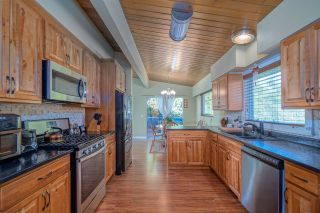 Photo 5: 2624 HEMLOCK Crescent in Abbotsford: Central Abbotsford House for sale : MLS®# R2533148