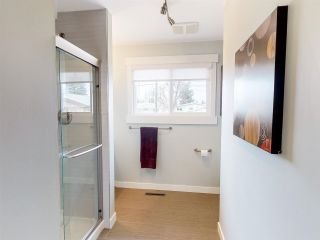 Photo 22: 11172 37 Avenue in Edmonton: Zone 16 House for sale : MLS®# E4241149
