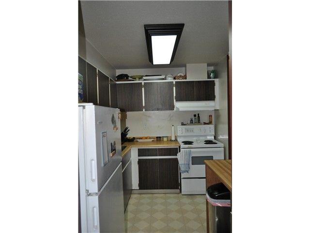 "Photo 13: Photos: 2102 3771 BARTLETT Court in Burnaby: Sullivan Heights Condo for sale in ""SULLIVAN HEIGHTS"" (Burnaby North)  : MLS®# V1059980"