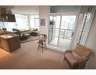 Photo 4: 2601 1483 HOMER Street in Vancouver West: Home for sale : MLS®# V677481