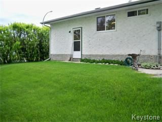 Photo 5: 6671 Betsworth Avenue in Winnipeg: Charleswood Single Family Detached for sale (West Winnipeg)  : MLS®# 1110583
