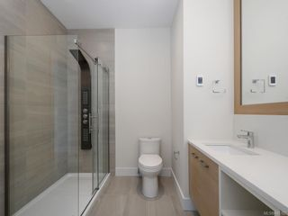Photo 9: 2750 Gosworth Rd in Victoria: Vi Oaklands House for sale : MLS®# 842762