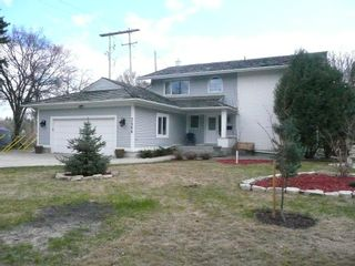 Photo 1: 2466 Assiniboine Crescent in : Silver Heights Single Family Detached for sale