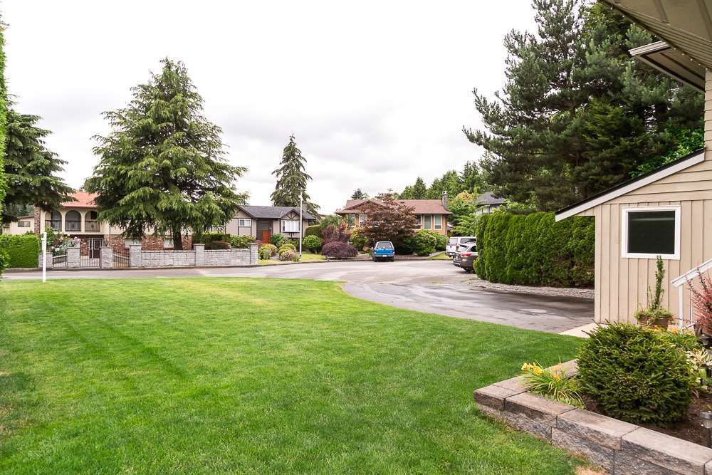 Photo 2: Photos: 601 LIDSTER Place in New Westminster: The Heights NW House for sale : MLS®# R2079374