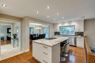 Photo 12: 832 Willingdon Boulevard SE in Calgary: Willow Park Detached for sale : MLS®# A1118777