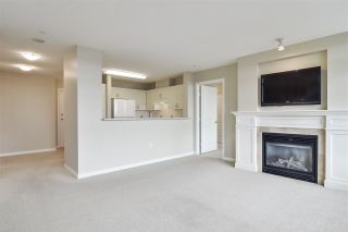 "Photo 3: 804 2799 YEW Street in Vancouver: Kitsilano Condo for sale in ""TAPESTRY AT THE ARBUTUS WALK (O'KEEFE)"" (Vancouver West)  : MLS®# R2537364"