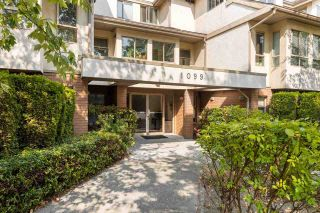 Photo 2: 302 1099 E BROADWAY in Vancouver: Mount Pleasant VE Condo for sale (Vancouver East)  : MLS®# R2578531